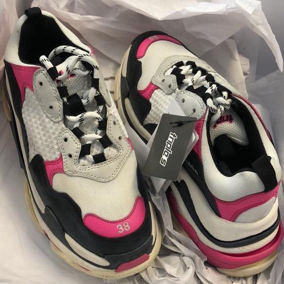 badc8e668163 Balenciaga Triple S Pink women s size 38